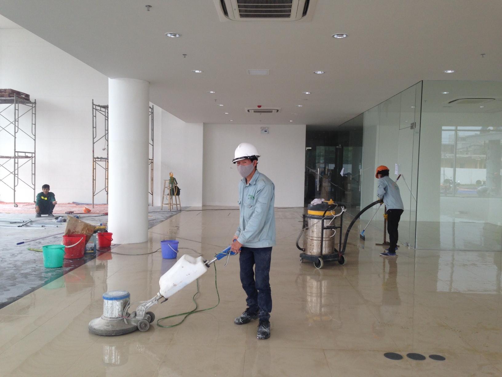 Dịch vụ vệ sinh công trình sau xây dựng tại TPHCM